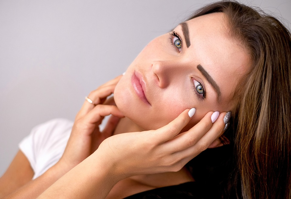 5 เคล็ดลับดูแลผิวหน้าให้สวยใส แม้ต้องนอนดึกบ่อย